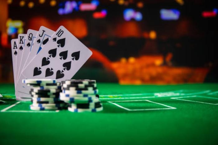 Chơi casino trực tuyến có hợp pháp ở Việt Nam không?