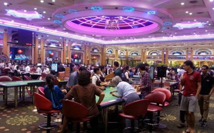 Khu cá cược này được mở cửa từ năm 2014 với 300 máy chơi slot cùng 48 bàn chơi luôn sẵn sàng phục vụ du khách