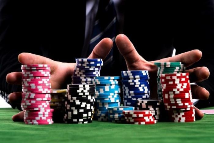 Hiểu rõ luật chơi cờ bạc trước khi vào tiền