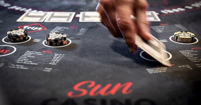 Không có nhiều người tham gia cũng là một dấu hiệu nhà cái casino gian lận bạn nên ghi nhớ
